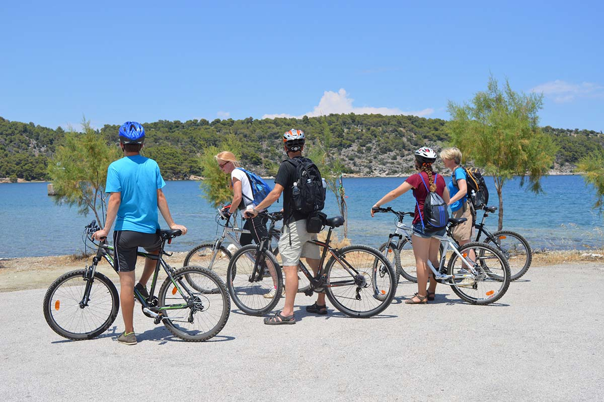bike tours Greece
